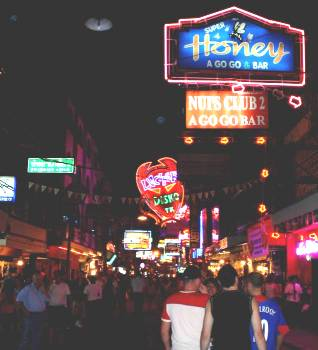 Walking Street Go-Go Bars - Pattaya - Thailand