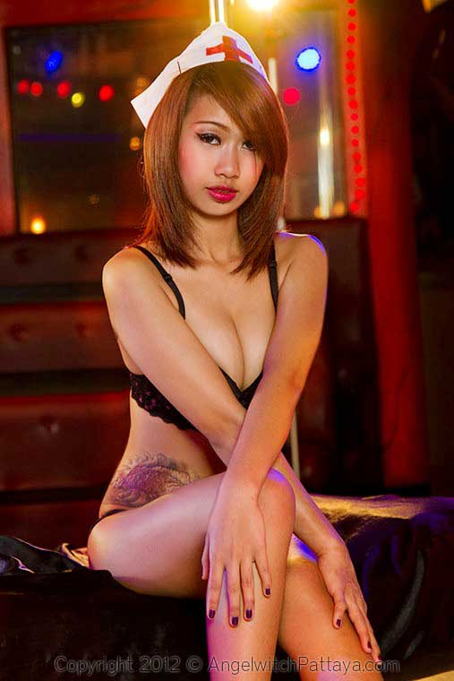 Angelwitch-Pattaya-Showgirl