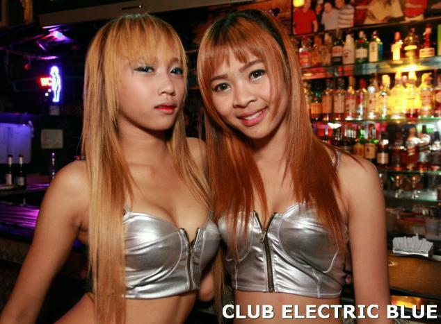 CLUB ELECTRIC BLUE PATPONG - Now Serving Cold Beers And Hot Babes
