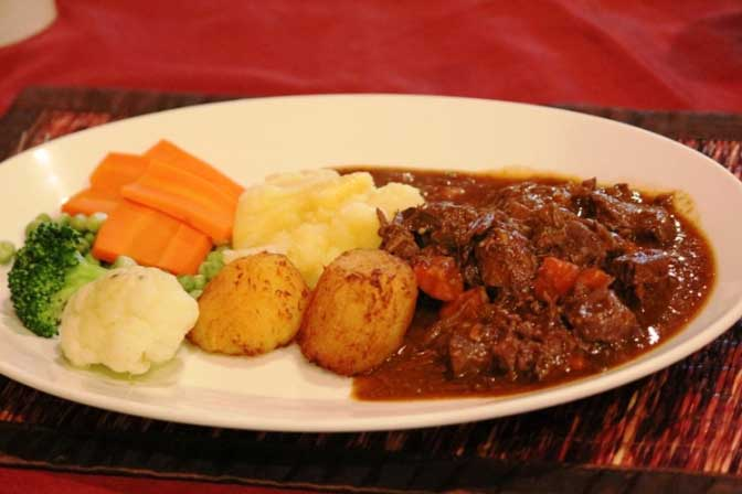 Chequers Pub Beef Stew Special - Chequers Pub Guinness Beef Stew Special