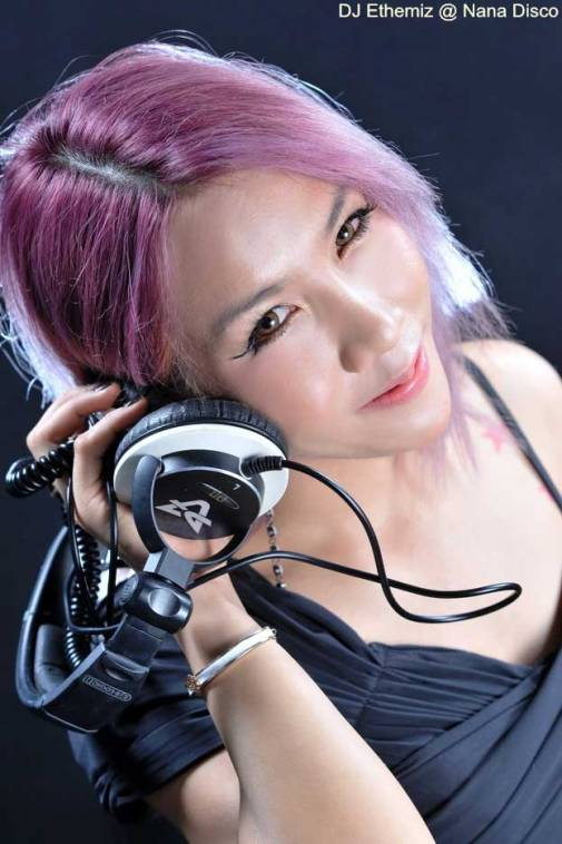 DJ Ethemiz Nana Disco Bangkok - Pioneer Champion DJ Ethemiz At Nana Disco