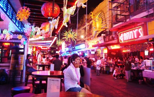 SOI COWBOY BANGKOK THAILAND 07 - Soi Cowboy Is Closed On 25/06/2011