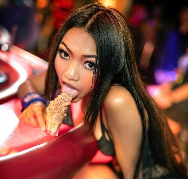 Sapphire Club Pattaya 4 - Dolly Of The Day