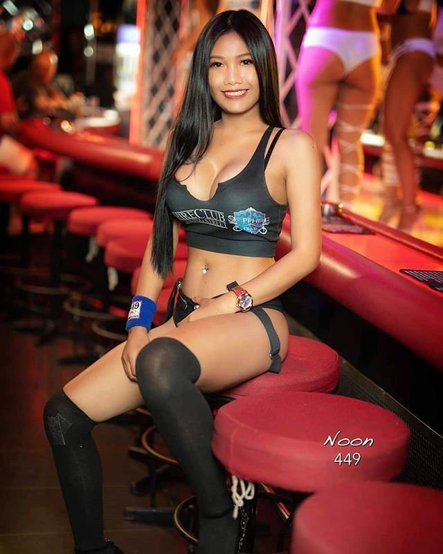Sapphire Club Pattaya 7 - Dollys Of The Day