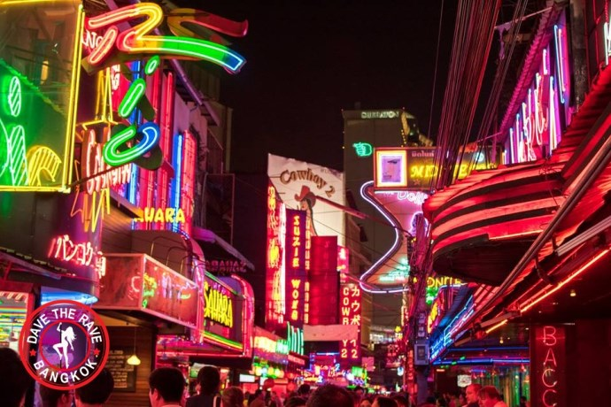 Soi Cowboy Bars Bangkok - Dave Raves Sunday Roast (07/10/18)