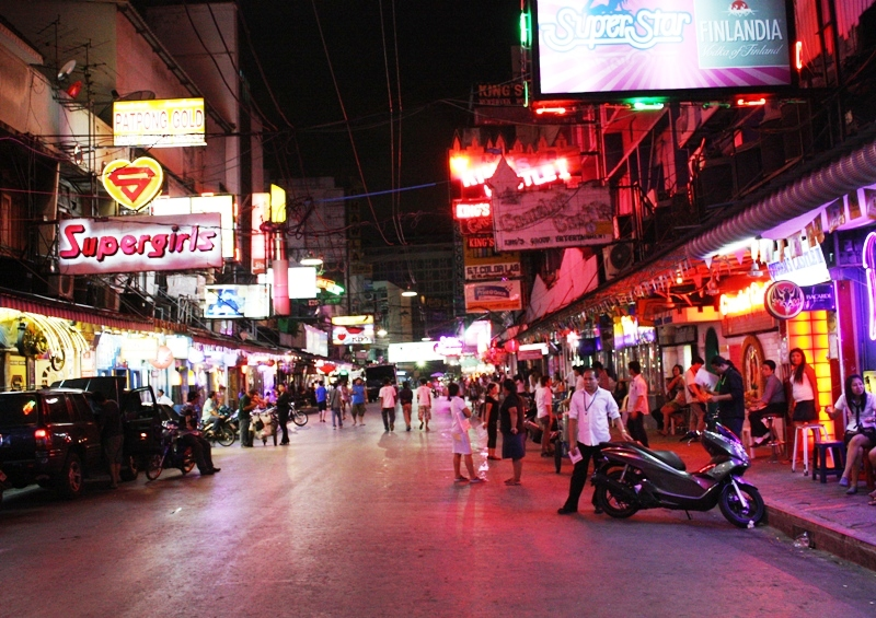 PATPONG WITHOUT THE NIGHT MARKET (APRIL 2010)