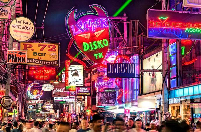 pattaya walking street 2 - Ten Top Tips After Dark